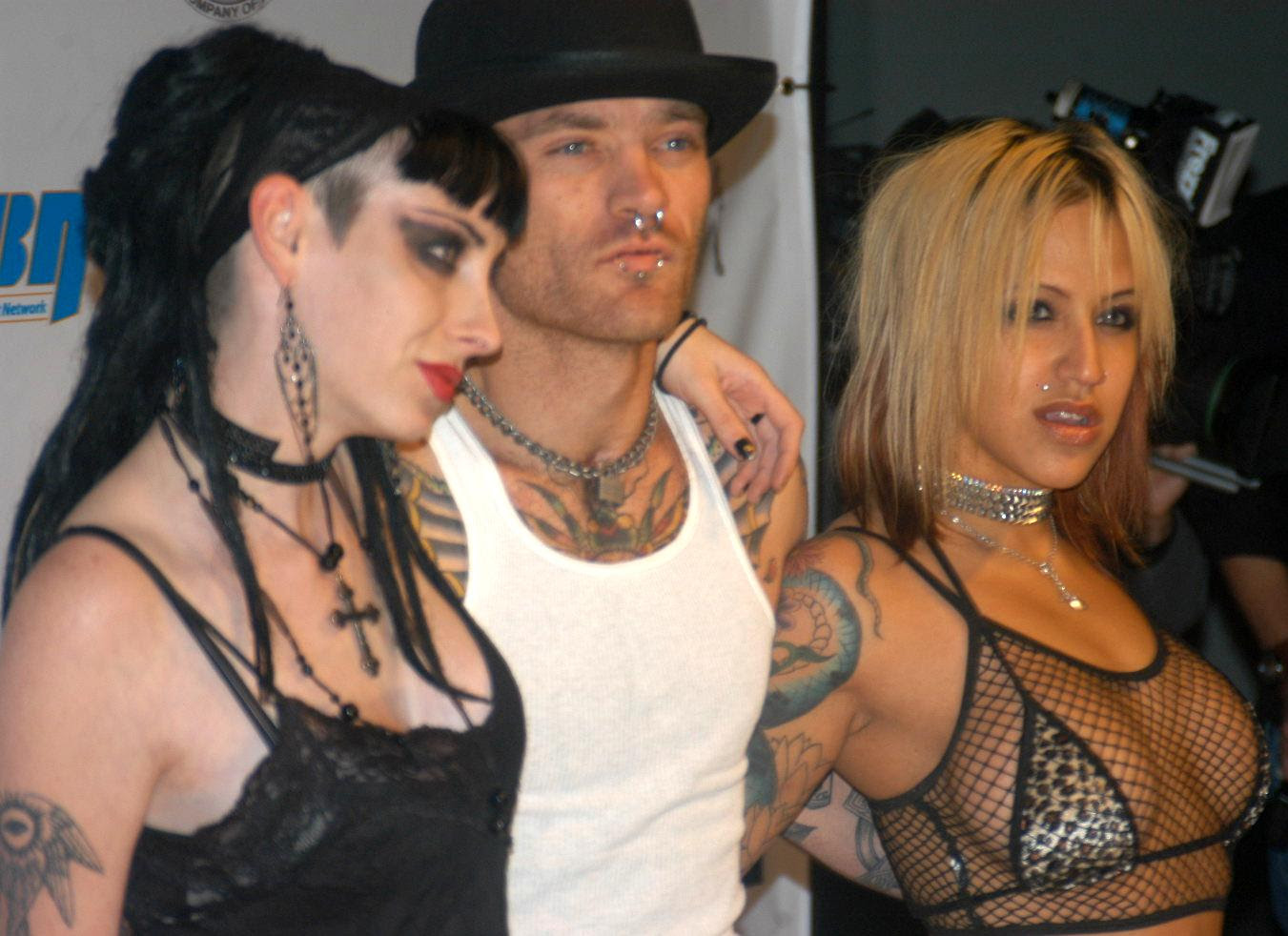 Rob_Rotten_and_co_at_West_Coast_Party