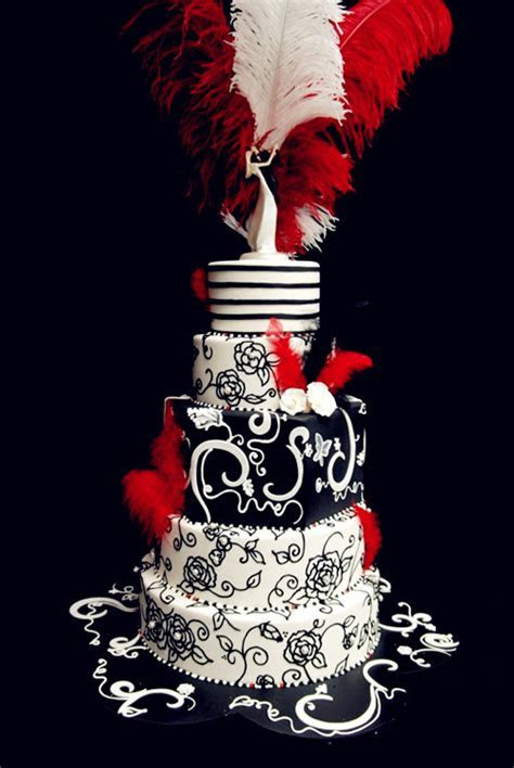 Red Wedding Theme: Red, Black and White Wedding Cakes for