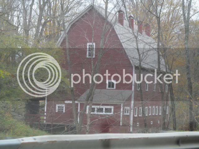 photo 2012-10-09011541_zps9a49c4d8.jpg