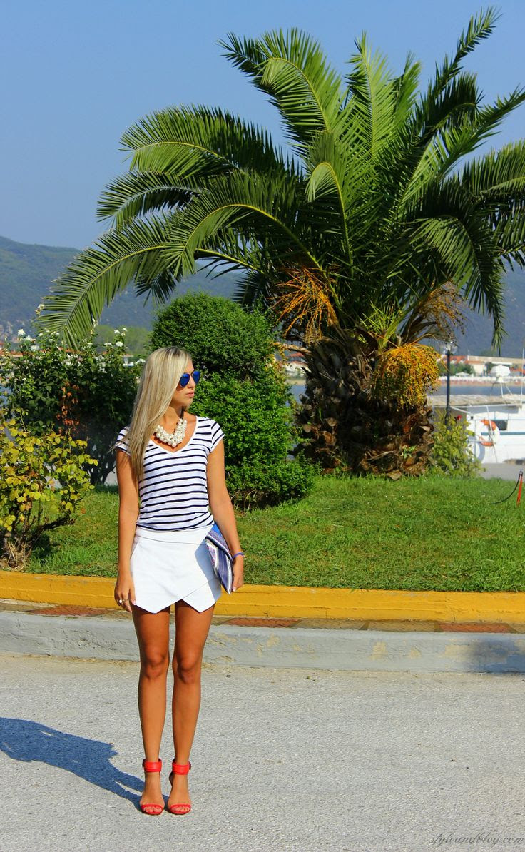 Closet Finds Outfit Ideas for Greece Vacation - Outfit ...