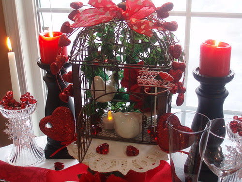 birdcage for christmas from hubby okay i picked it out bought it wrapped it and said it was from him would he have thought to buy me a birdcage