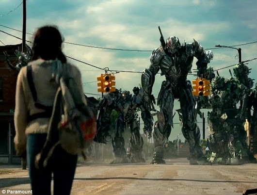 Image: Mark Wahlberg tells off daughter in Transformers 5 trailer | Daily ...