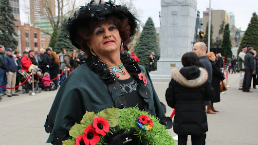 Gay and lesbian soldiers honoured with wreath at Calgary Remembrance Day service