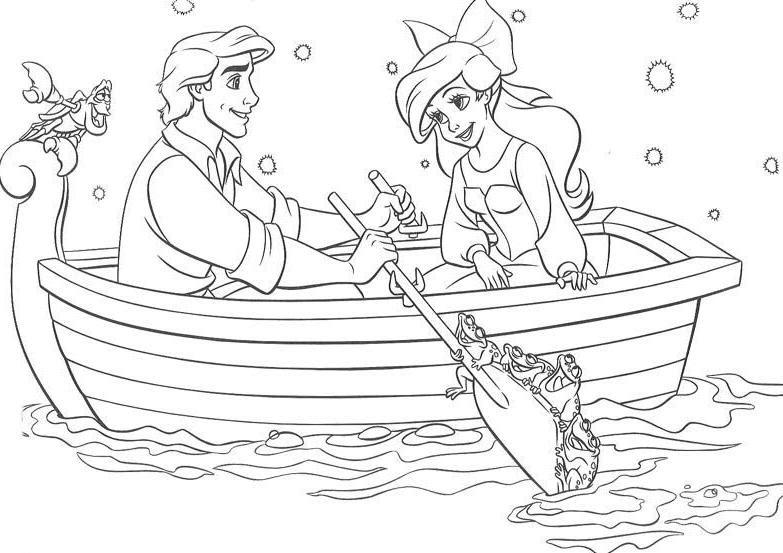 Coloriage A Imprimer Arielle La Petite Sirene En Barque Avec Son
