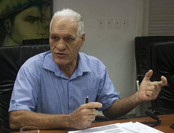 Guillermo Sarmiento, director de Organización del Trabajo y los Salarios del Ministerio de Trabajo y Seguridad Social. Foto: José Raúl Concepción/ Cubadebate.
