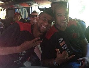 Instagram Léo Moura e Adriano (Foto: Reprodução / Instagram)