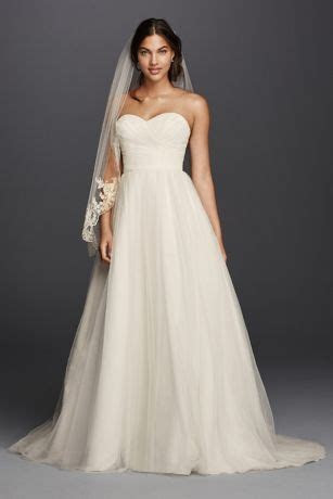 Tulle Wedding Dress with Sweetheart Neckline Style