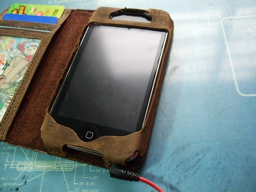 BookBook 塞 iPod Touch