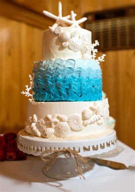 Sun, Sea and Sugar: Beach Themed Wedding Cakes