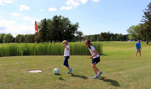 Goodman Business students help alumnus launch new FootGolf course