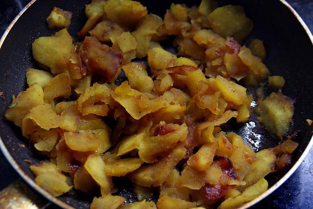 Manzana caramelizada al curry