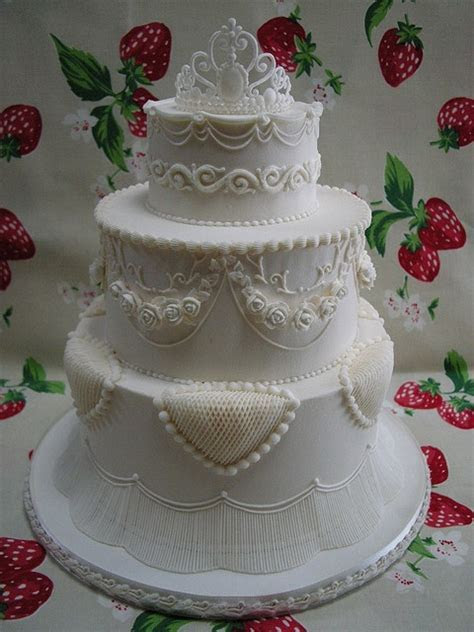 17 Best images about Lambeth style Cakes on Pinterest