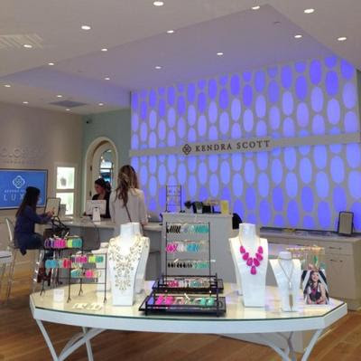 Kendra Scott Classics opens third Houston boutique in the Woodlands - Houston Business Journal