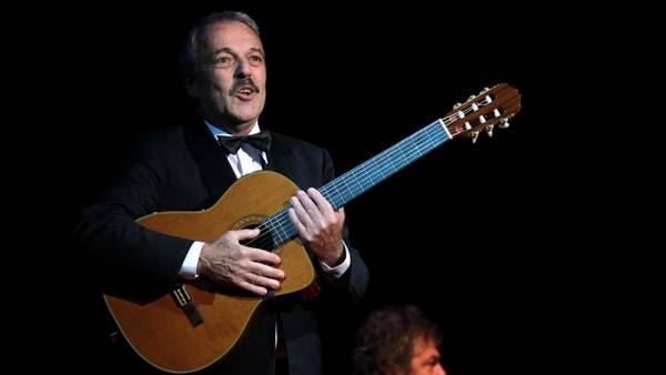 Daniel Rabinovich, integrande el conjunto humoristico Les Luthiers. (EFE)