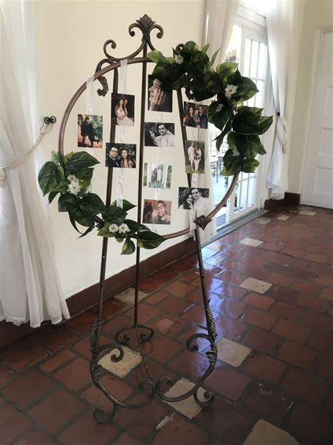 DIY hula hoop picture frame with stand! #wedding #photo #