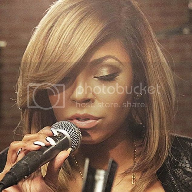 Ashanti performs old + new music for Boombox...
