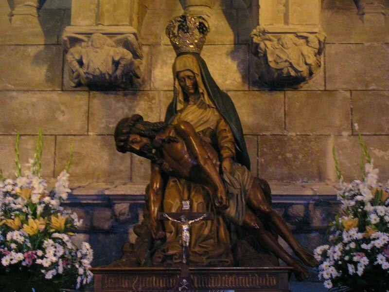 File:Virgen del Camino - Catedral de Leon.jpg