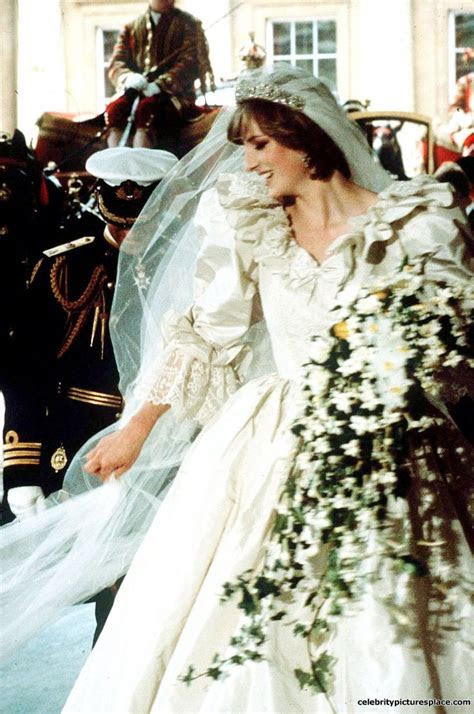 Princess Diana Honeymoon   Diana on her wedding day in