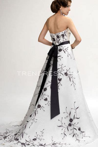 1000  images about Formal/Prom: Black & White Dresses on