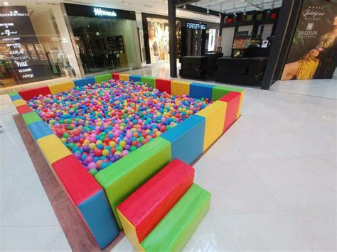 Giant Ball Pool Rental in Singapore   Carnival World