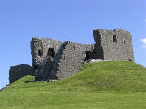 Duffus Castle (Elgin, Scotland): Address, Attraction