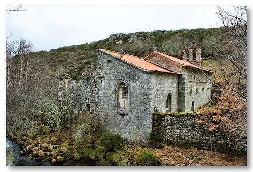 Mosteiro de Pitões das Júnias by VRfoto