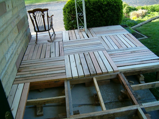 How To Make DIY Pallet Porch | How To Instructions