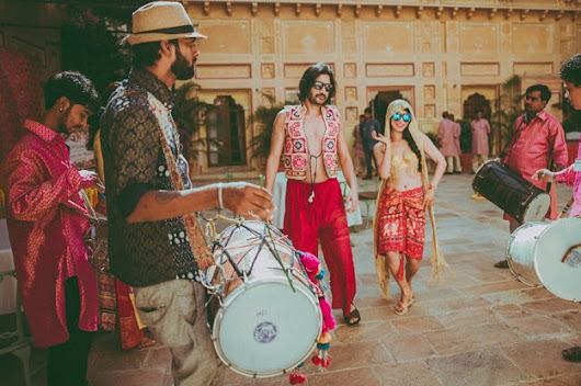 This Music Fest-Themed Wedding, Combining Indian And Chinese Culture, Was Right On Beat