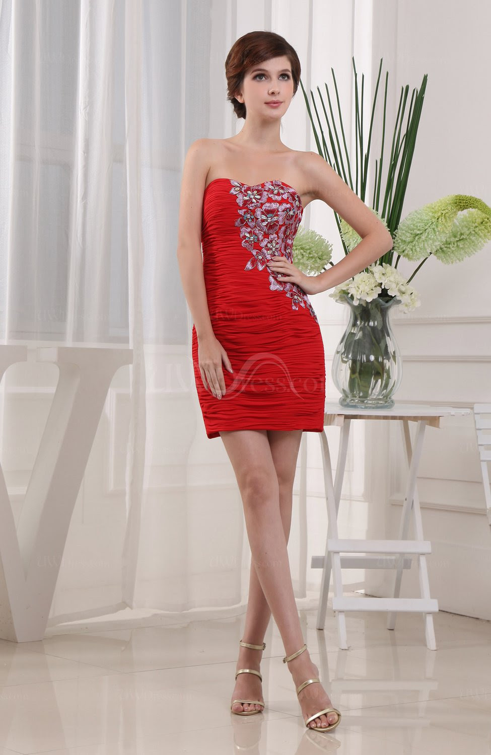 red cute column sleeveless zipper short rhinestone