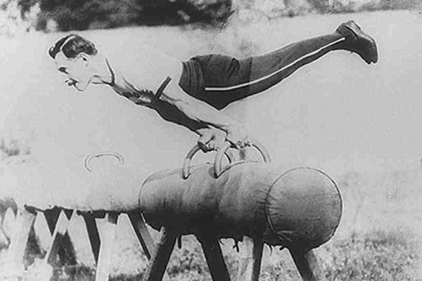 Gymnastics for Fellows: Apa Itu Senam Artistik?