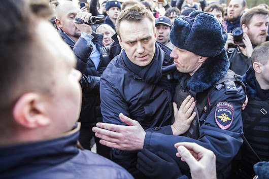 Why Russian protests are making the Kremlin rethink 2018 presidential elections
