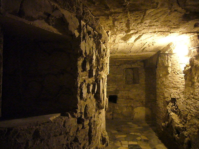 File:Pigna - s Marco cripta 1190051.JPG