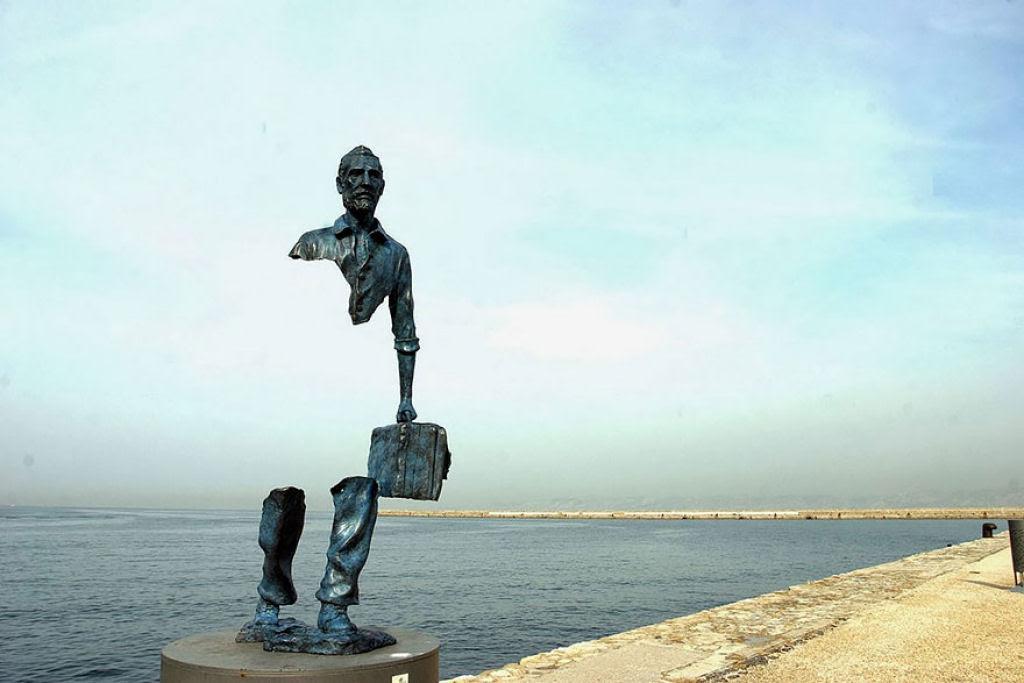 25 esculturas e estátuas criativas de todo o mundo 11