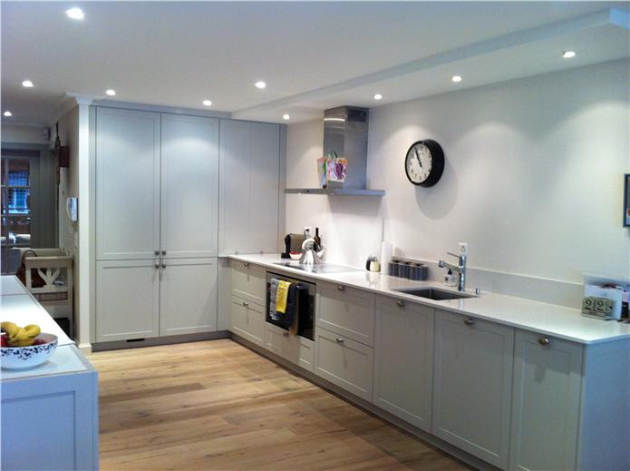 Farrow and Ball Cornforth White kitchen