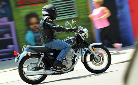 2015 Yamaha SR400 First Ride Review