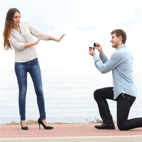 Video: Awkward marriage proposal fails   Articles   Easy