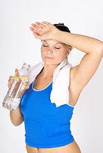 Οι θερμικές κράμπες, η θερμική εξάντληση και η θερμοπληξία είναι κλινικές καταστάσεις που προκαλούνται από την υπερβολική θερμότητα στο ανθρώπινο σώμα.