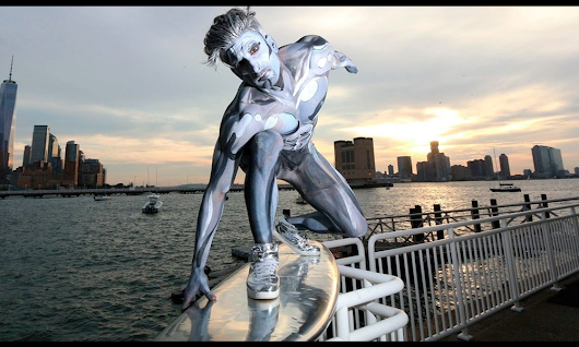 Epic Silver Surfer Halloween Costume Stuns NY City Dwellers