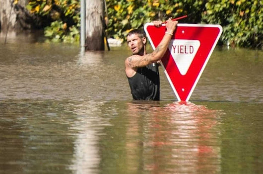 Flooding death toll climbs to 19 in North Carolina after Hurricane Matthew