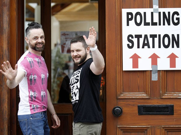 Mais de 3,2 milhões foram às urnas (Foto: Peter Morrison/AP)