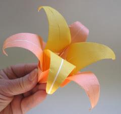 origami-lily-6petal.jpg