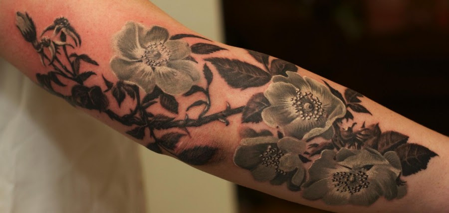 Black And White Flowers Tattoo Tattoomagz