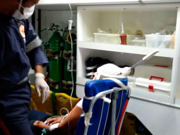 Mulher sobreviveu após ter faca cravada na cabeça pelo marido (Foto: Frarlei Antônio de Barros/Blog Blitz Conquista)