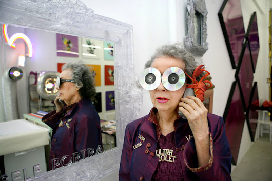 Ultra Violet, Pop Artist, Has Exhibition at Dillon Gallery
