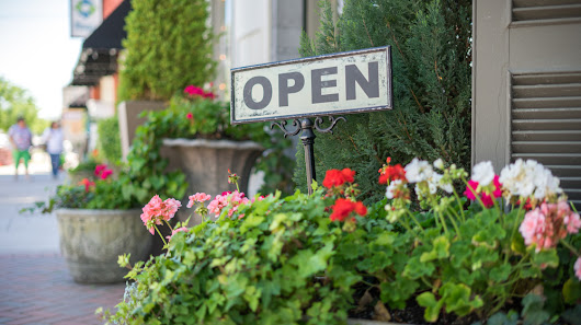 25 Ideas to Boost Your Business Curb Appeal - Small Business Trends