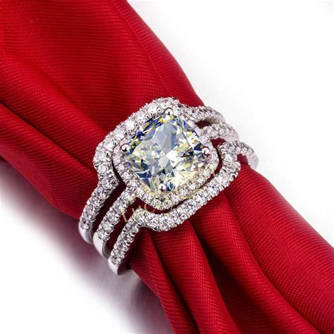 Noble Style 1CT New design Cushion Cut Synthetic Diamonds