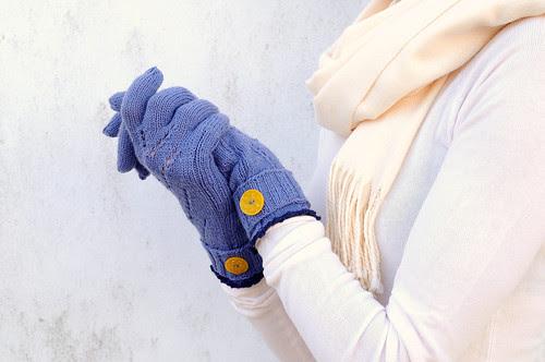 gloves 01