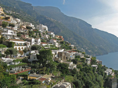 Travel Europe - Places of Interest in Positano Italy