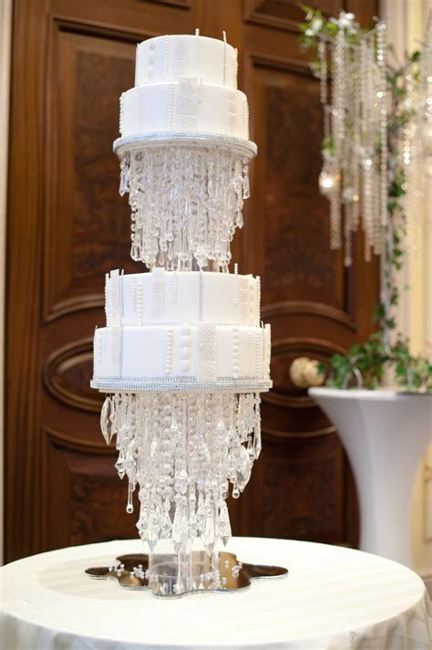 Outrageous and Crazy Wedding Cakes Pictures ? Delish.com