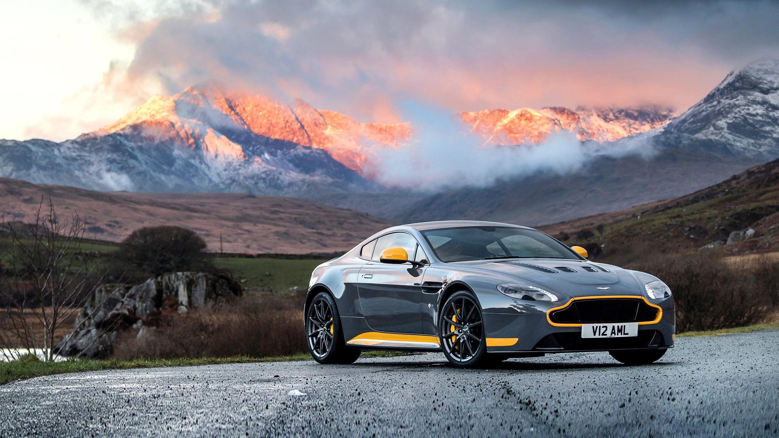 2017 Aston Martin Va